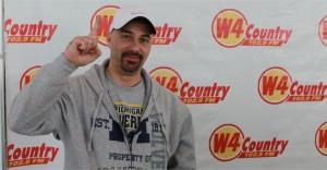 Shane-Griffin-Kiss-The-Car-Winner