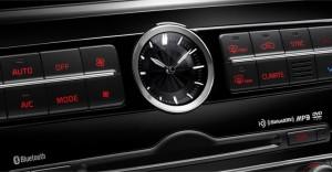 2015-Kia-K900-Analog-Clock
