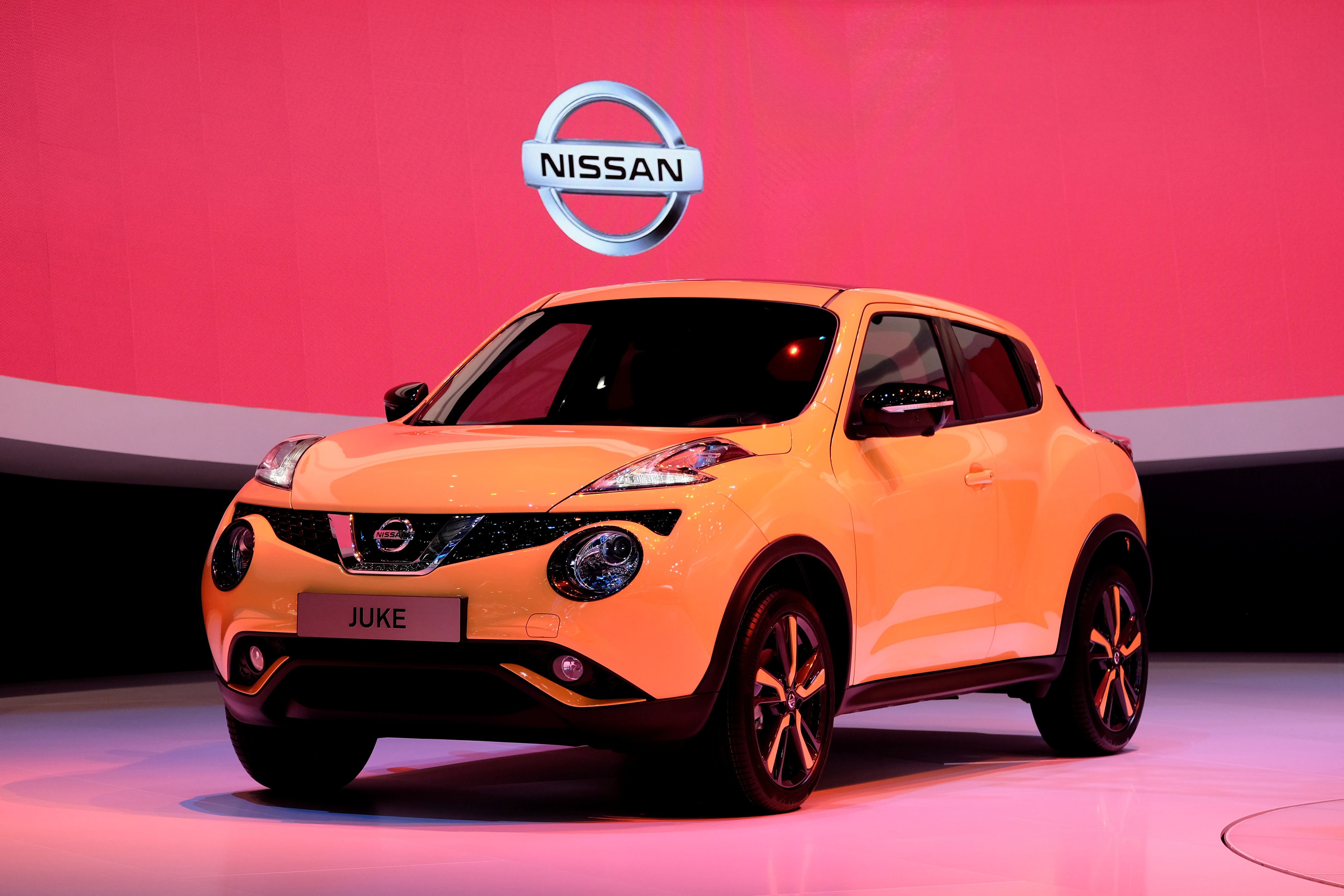 the 2015 nissan juke now jukier than ever. Black Bedroom Furniture Sets. Home Design Ideas