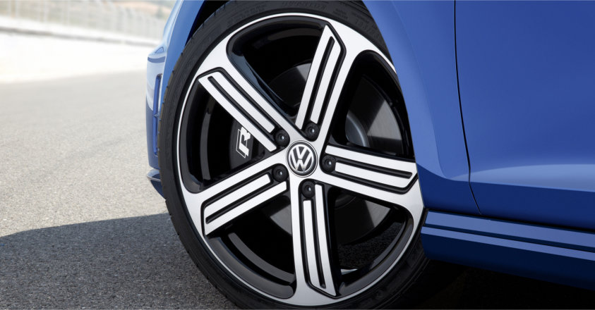 2015-Volkswagen-Golf-R-Rim-Wheel-Crop