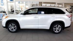 2014-Toyota-Highlander-Exterior
