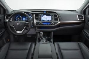 2014-Toyota-Highlander-Interior-600px