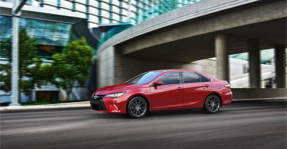 2015-Toyota-Camry-Reveal-New-York-Auto-Show