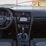 2015-Volkswagen-Golf-TDI-Interior