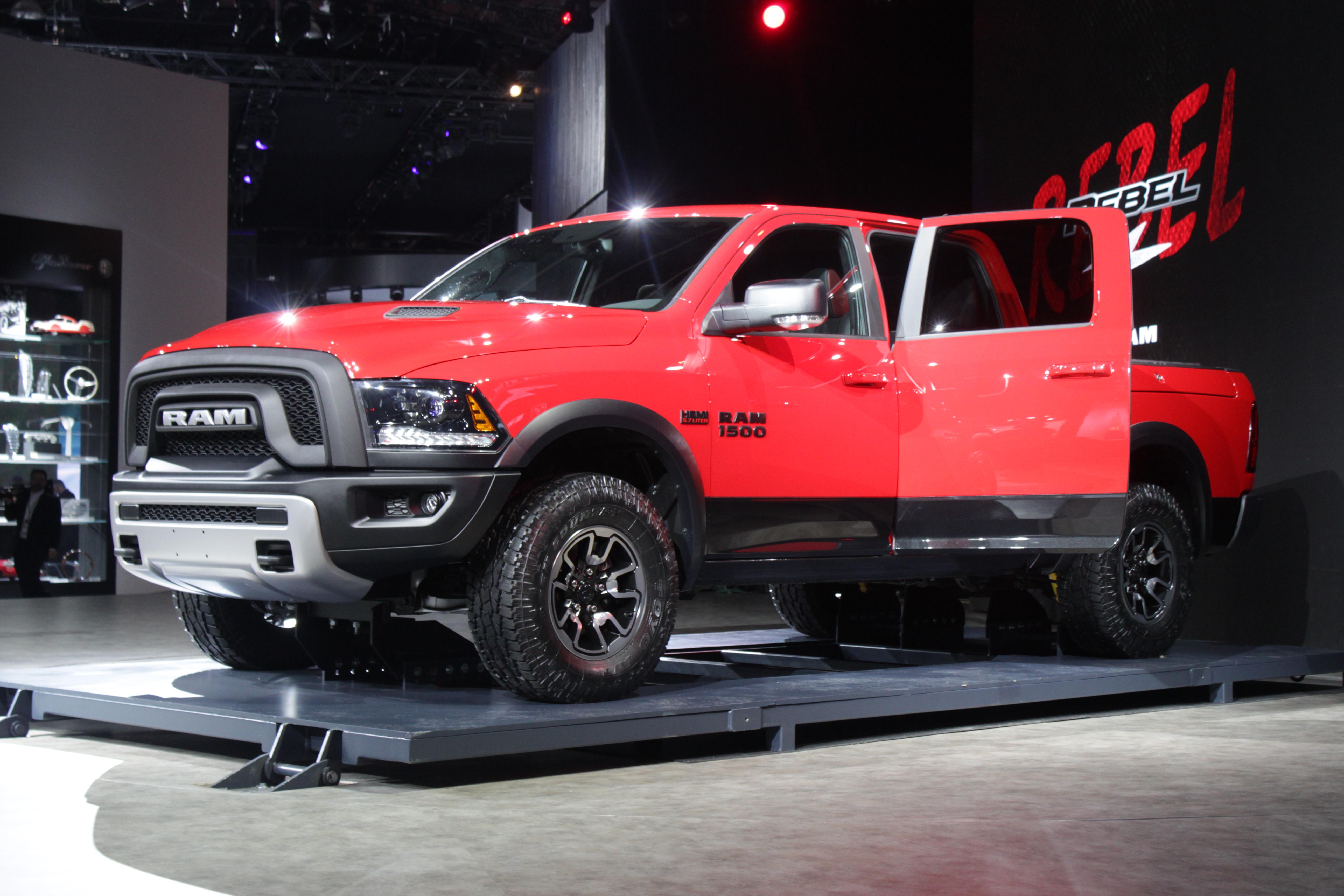 2015-Ram-1500-Rebel-Detroit-Auto-Show