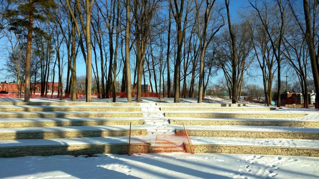 Lafontaine Ford Birch Run >> LaFontaine-Family-Amphitheater-Winter-2015-06