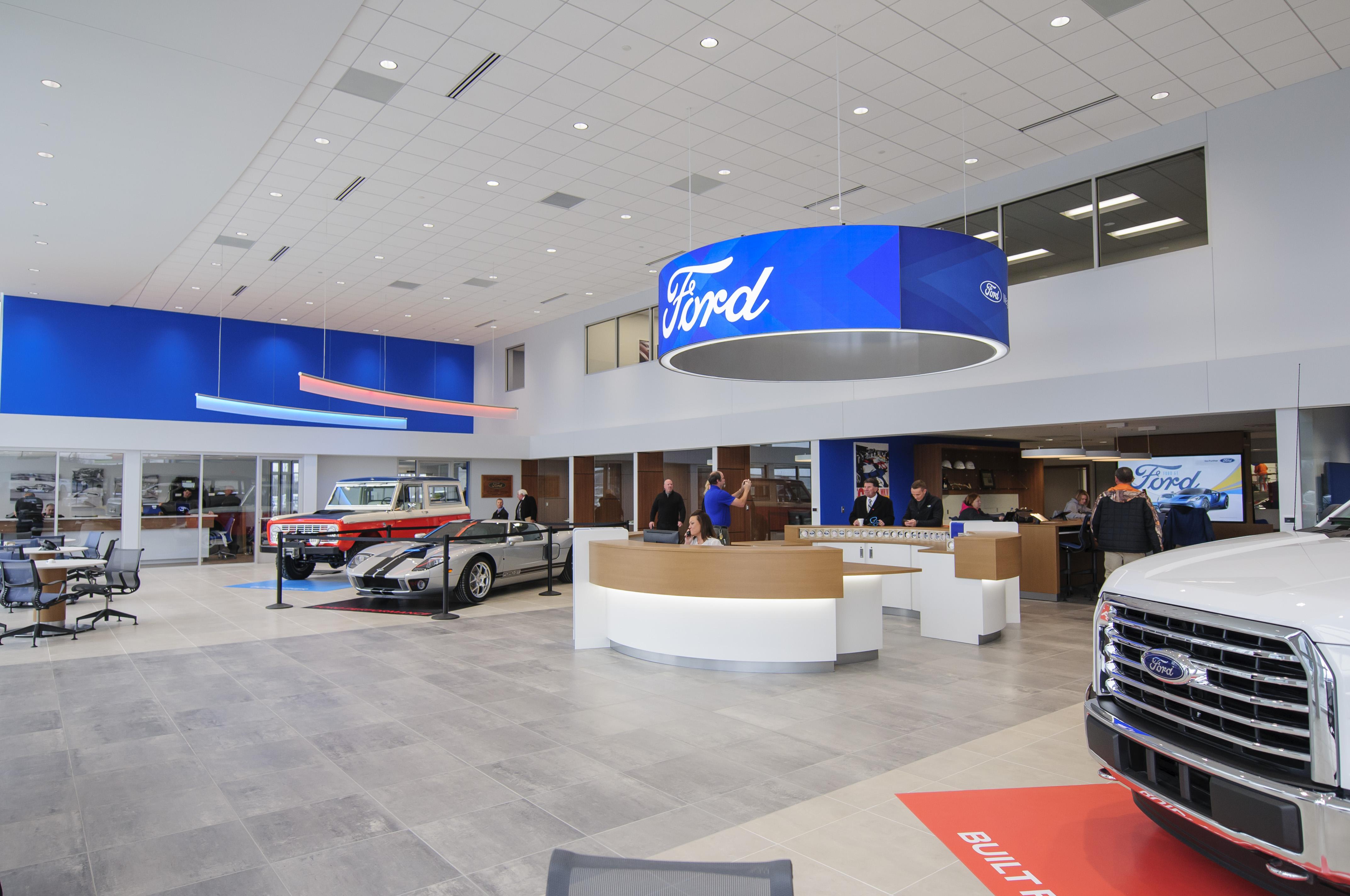 Lafontaine Ford Birch Run >> LaFontaine Ford of Birch Run Interior Building