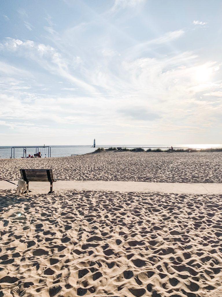 Frankfort michigan beach